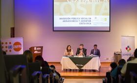 Margareth Solano, Viceministra de Juventud, y Esteban Caballero, Representante de UNFPA para LAC, presentaron el informe. A la derecha Diego Fernández, Asesor del Presidente de la República